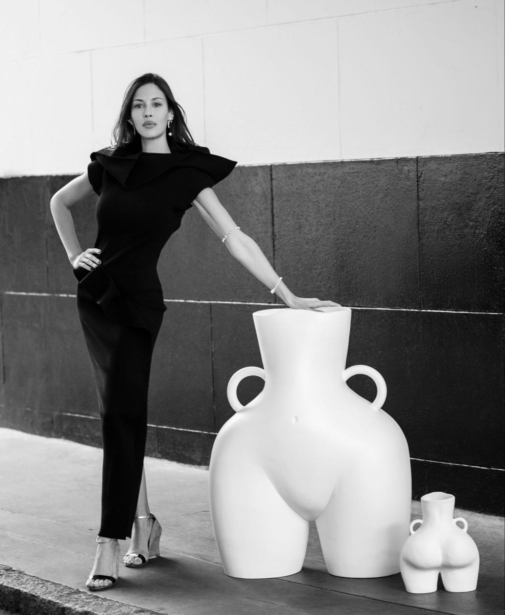 large-love-handles-vase-white-matte-anissa-kermiche copy